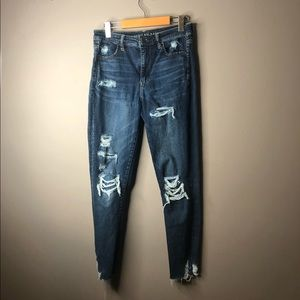 American eagle distressed ripped high rise jeans